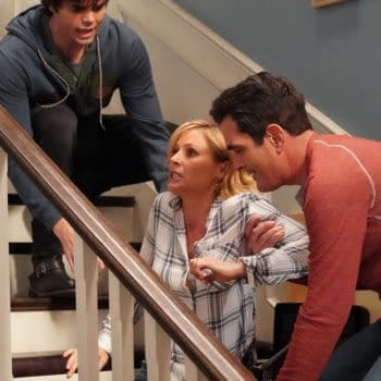"""""""Modern Family"""": Fun, Touching """"Baby Steps"""" Towards Finale [REVIEW]"""