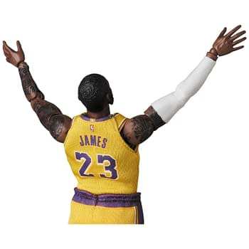 Lebron James Takes his Shot with Medicom MAFEX Figure