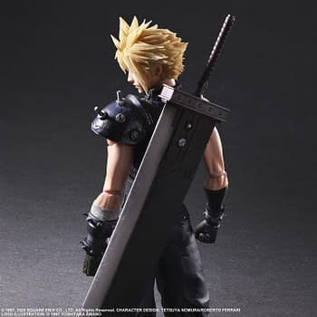 Final Fantasy VII Remake Gets Cloud and Aerith Play Arts Kai Figures