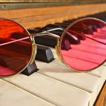 comic hub rose tinted spectacles