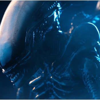 Original 1979 Alien Big Chap Finally Arrives at Hiya Toys
