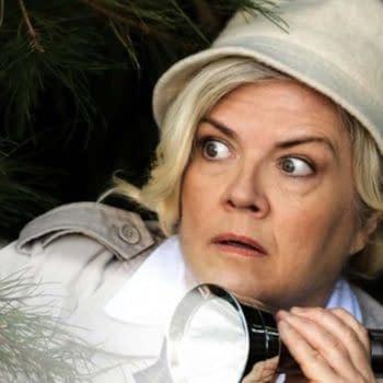Paula Pell in Mapleworth Murders (Image: Quibi).