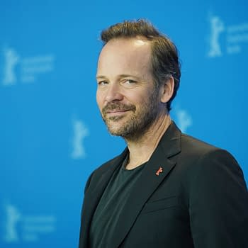 The Batman: Peter Sarsgaard Compliments Matt Reeves Work on Film