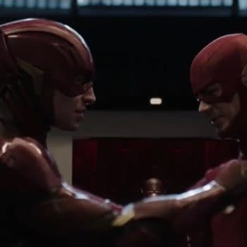 """The Flash crossover from """"Crisis"""" (Image: The CW)"""