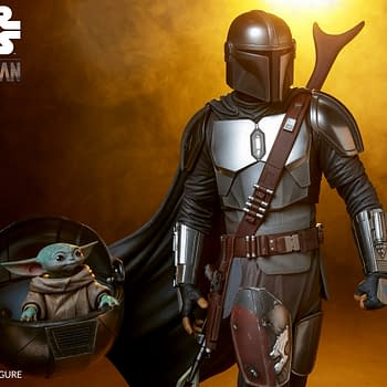 The Mandalorian and The Child Arrive at Sideshow Collectibles