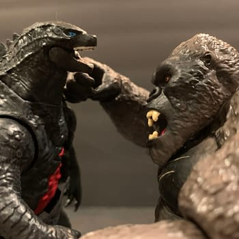 Godzilla Vs Kong: Lets Look At The Playmates Battle Damaged Figures