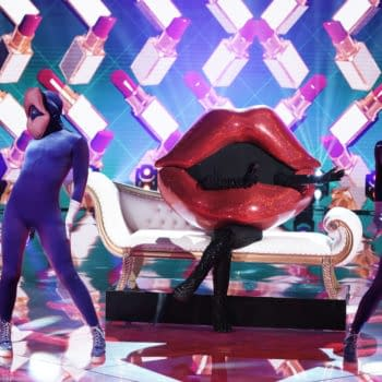 """THE MASKED SINGER: Lips in the """"The Group C Premiere - Masked But Not Least"""" episode of THE MASKED SINGER airing Wednesday, Oct. 28 (8:00-9:00 PM ET/PT) on FOX. © 2020 FOX MEDIA LLC. CR: Michael Becker/FOX."""