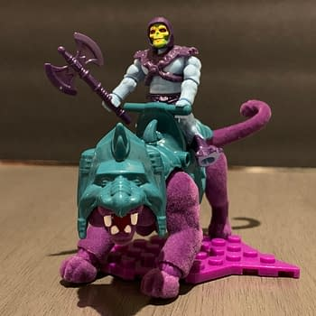 Lets Take A Look At The MOTU Mega Construx Skeletor &#038 Panthor Set