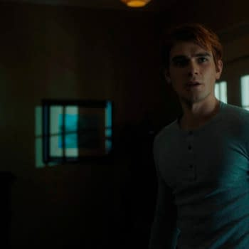 "Riverdale Star KJ Apa: S05 Time Jump Adds ""More Things to Play With'"