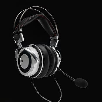 VZR Reveals Model One Gaming Headset Coming Q2 2021