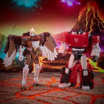 Hasbro Reveals Transformers Sideswipe & Maximal Skywarp 2-Pack