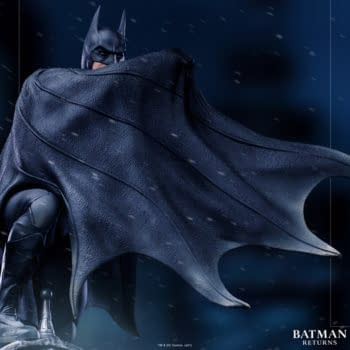 Batman Returns Gets A New Deluxe Statue From Iron Studios
