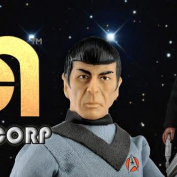 Topps Exclusive Star Trek Spock and Klingon Kor Mega Figures Revealed