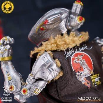 Mezco Toyz Unveils New Rumble Society Member: Hawk P-40