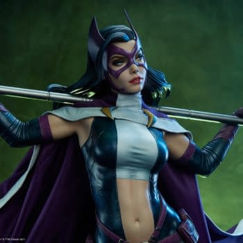 DC Comics Huntress is on the Hunt with Sideshow Collectibles