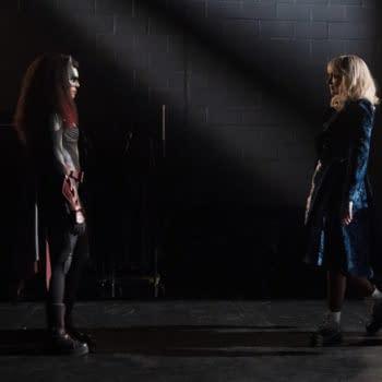 Batwoman Season 3: Leslie & Dries Talk Bat-trophies, Poison Ivy & More