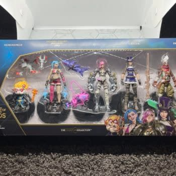 We Take a Look At Spinmaster's New League of Legends 5-Pack