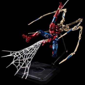 Spider-Man Upgrades His Suit with New Fighting Armor Sentinel Figure
