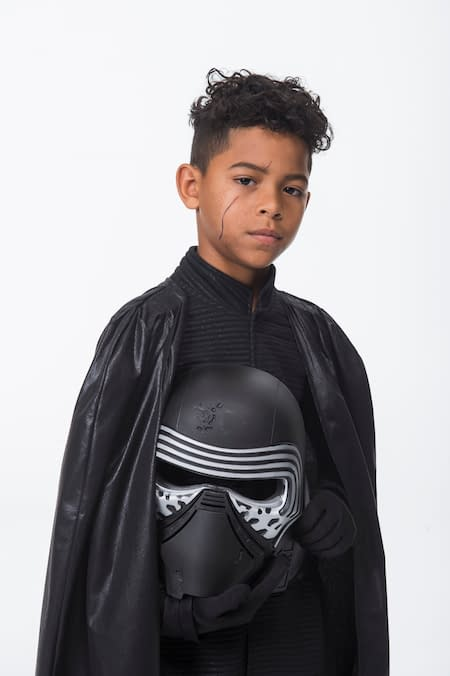 Star Wars Day at Sea's Bibbidi Bobbidi Boutique Offers Galactic New Looks