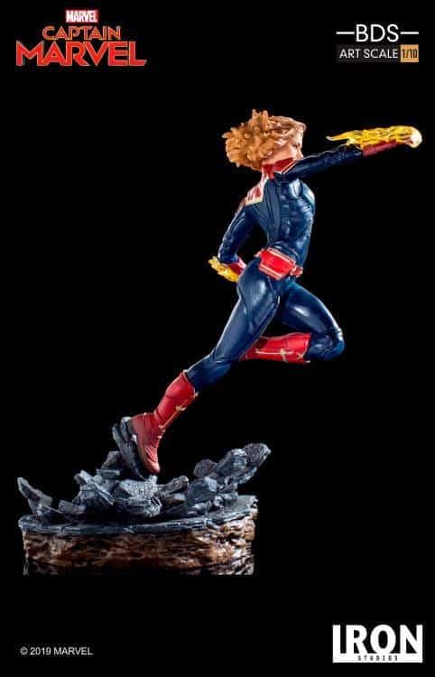 Captain Marvel Iron Studios Statue 3