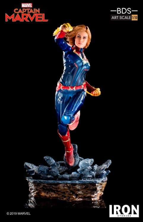 Captain Marvel Iron Studios Statue 4
