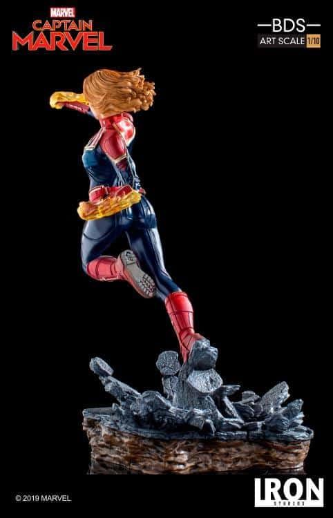Captain Marvel Iron Studios Statue 5