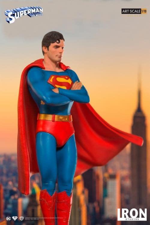 Iron Studios Superman Statue 5