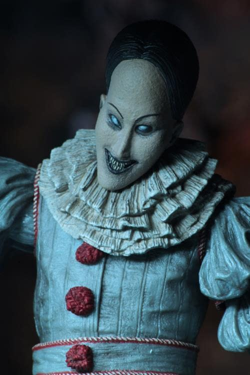 NECA Ultimate Pennywise Version 3 2