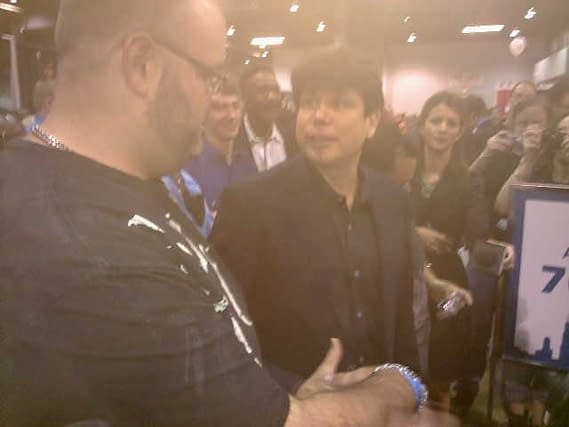 Rod Blagojevich Meets Batman At Wizard World Chicago Comic Con (VIDEO)