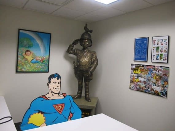 First Person Perspective Run Through The Corridors Of DC Comics