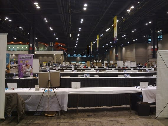 First Looks At C2E2 Setting Up…