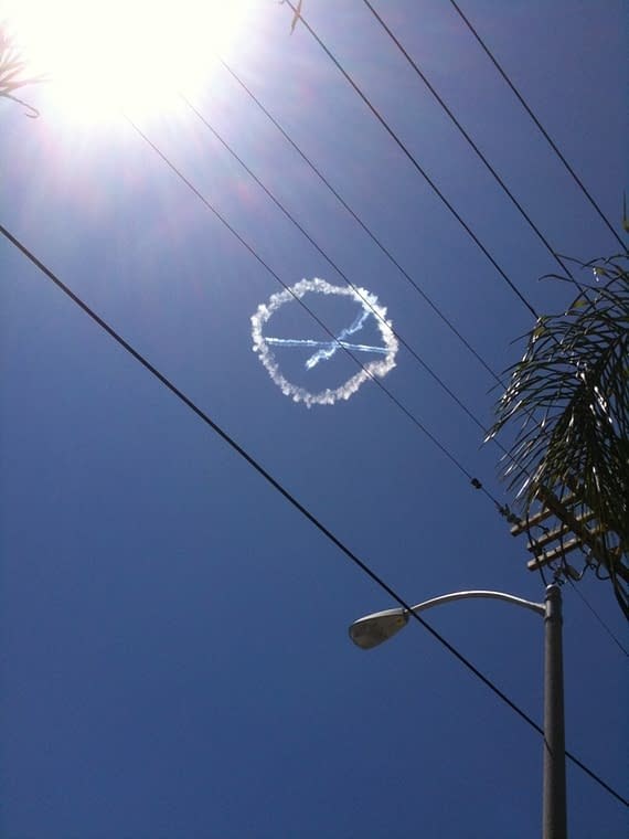 X-Men Logos In The Sky Above Los Angeles [Updated With Video]