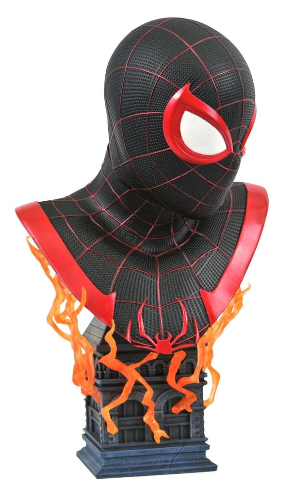 New Diamond Select Marvel Busts Include Deadpool and Spider-Man