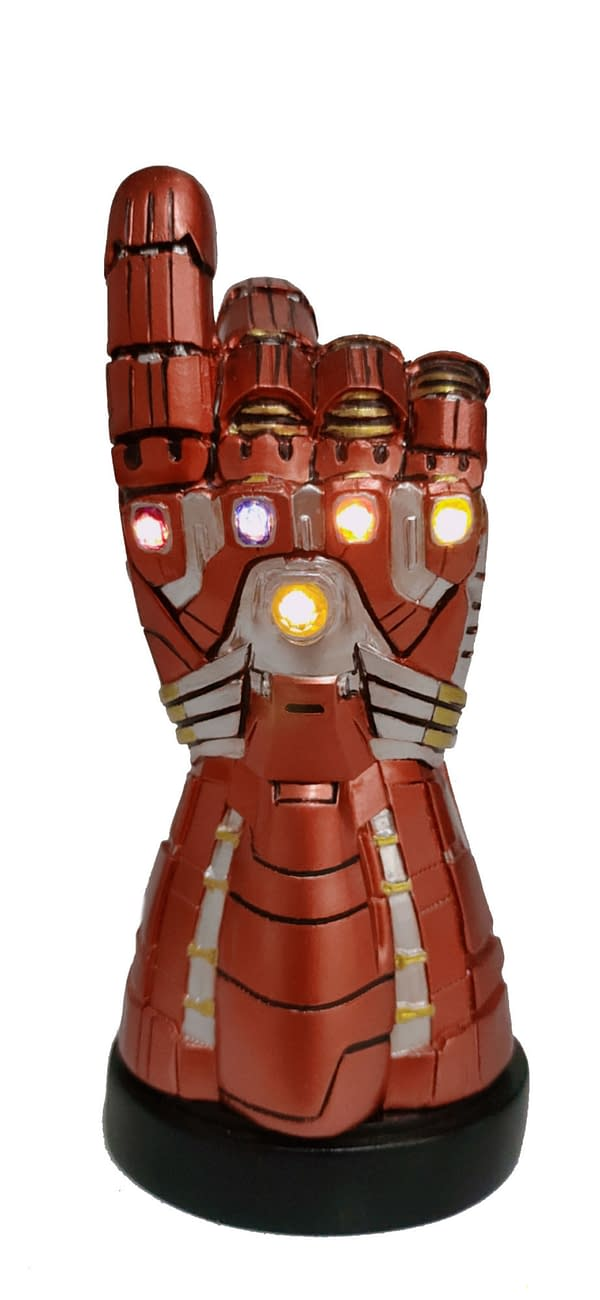 SDCC 2020 MARVEL INFINITY/NANO GAUNTLET LED PREVIEWS EXCLUSIVE DESK MONUMENTS