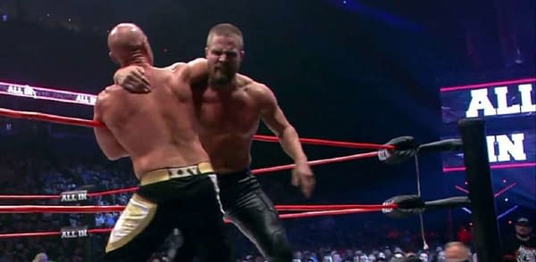 Stephen Amell wrestling at AEW All In (Image: AEW)