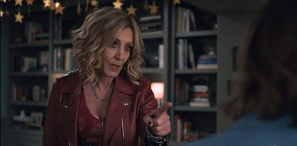 Evil Star Christine Lahti on Mother-Daughter Relationship & More