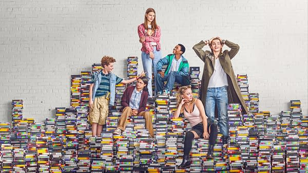Let's Talk About 'Everything Sucks' on Netflix, the '90s Nostalgia Sleeper Hit