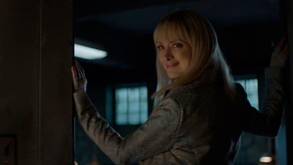 "Batwoman: Rachel Skarsten Talks E02, ""I Love Lucy"" & Alice in Love?"
