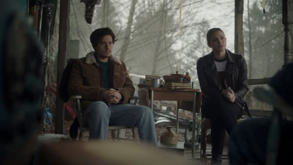 Riverdale S05E09 Preview: Archie & Veronica Try Boosting School Spirit