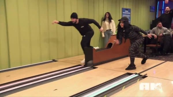 Jersey Shore: Family Vacation Season 4 E19: Take the Guidos Bowling