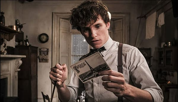 Fantastic Beasts 3: Eddie Redmayne Confirms Production Resuming