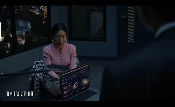Batwoman _ Season 2 Episode 2 _ Dual Interrogations Scene _ The CW 0-3 screenshot