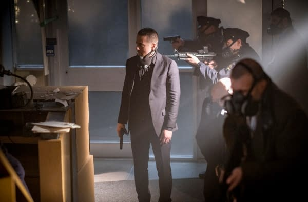 Arrow Season 6: 13 New Photos for 'The Ties That Bind'