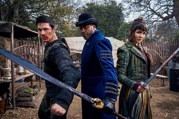 Gaius, Moon, Odessa Badlands Carry Tiger to Mountain