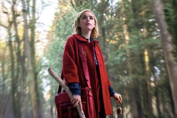 Chilling Adventures of Sabrina: Netflix Offers Official First Looks at Sabrina, Aunts