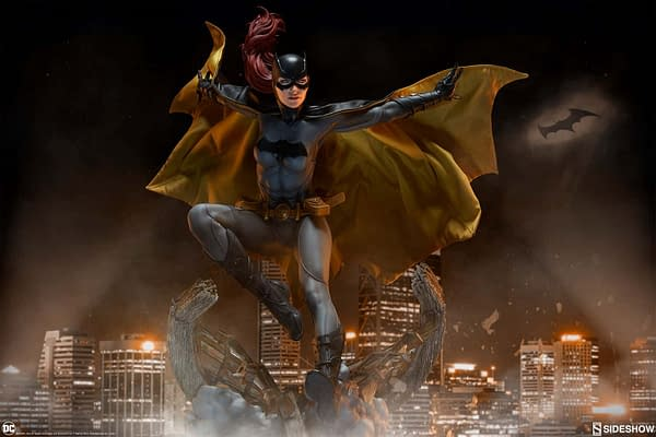 Sideshow Collectibles Batgirl Premium Format 1