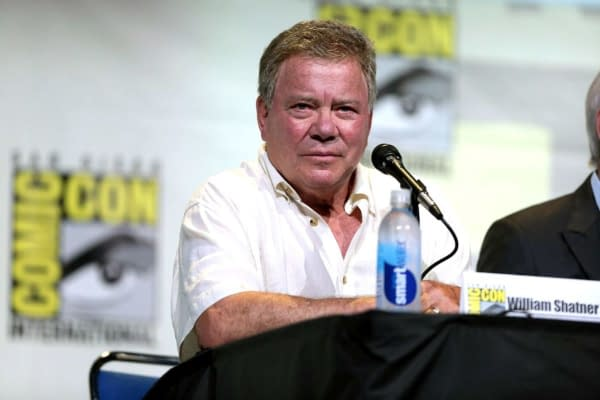 """Star Trek"": William Shatner Says He's Retired from Captain Kirk"