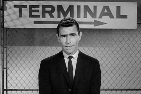 Our Top 5 Episodes of The Twilight Zone Perfect For The New Year