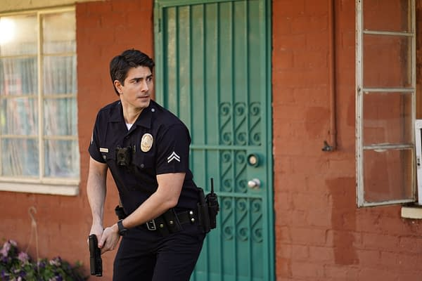 """The Rookie S03 Goes Into """"Lockdown"""" As Nolan's Taken Hostage: Preview"""