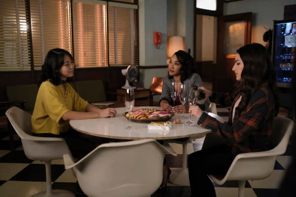 The Flash Season 7 E12 Marks End of An Era for Team Flash: Preview